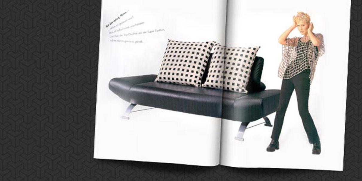 sit and sleep, Verwandlungsmöbel zum Sitzen und Schlafen.