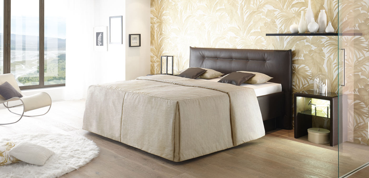wie entsorgt man bettdecken schlafzimmer komplett italienischer stil novel elegante bettw sche. Black Bedroom Furniture Sets. Home Design Ideas